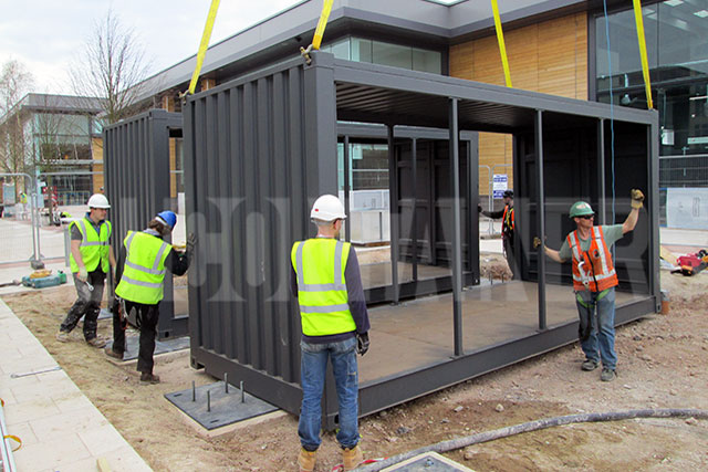 Container-Conversion-Retailer-Tree-House-United-Kingdom2