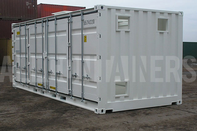 Side Door Shipping Containers 640 x 427