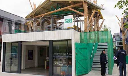 shipping-containers-conversions-retailer-tree-house-451x267